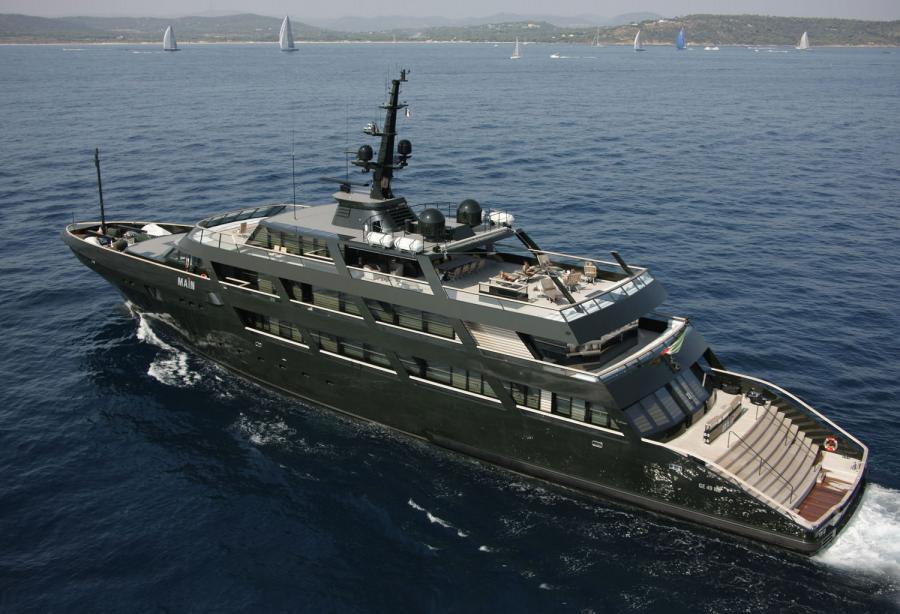 Dark Green Is The New Black Inside Giorgio Armani S 65m Yacht Main