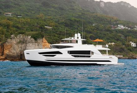 Horizon makes waves with new fast displacement motor yacht series
