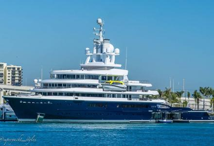 115m explorer yacht Luna spotted in Miami
