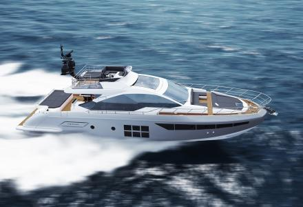 Carbon fiber Azimut S7 introduced