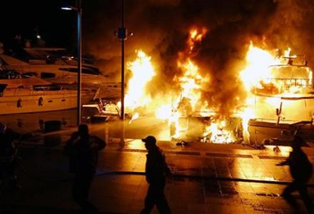 One person dead and another injured as marina catches fire in Marmaris, Turkey
