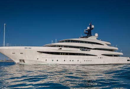 CRN delivers 74m superyacht Cloud 9