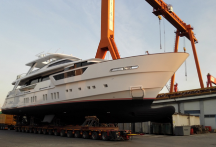 34 meter motoryacht REM launches at Mengi Yay