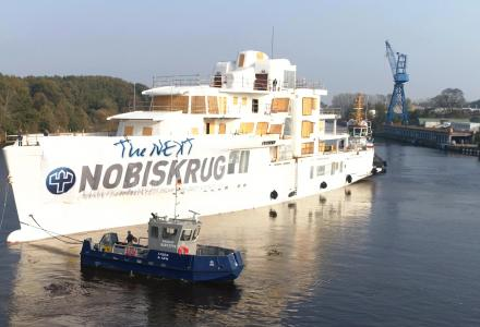 80m Nobiskrug Project 790 on the move