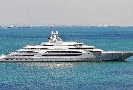 140m superyacht Ocean Victory in Malaysia