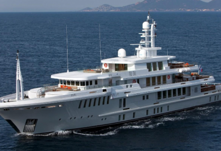 Yogi: Inside the largest yacht that ever sank