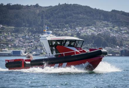 Aister delivers an aluminium fireboat to Alicante Firefighting department