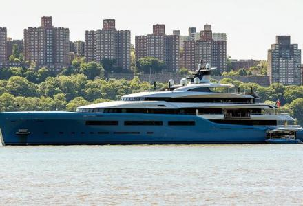 $150 million 98-metre British billionaire's megayacht with the indoor tennis court spotted