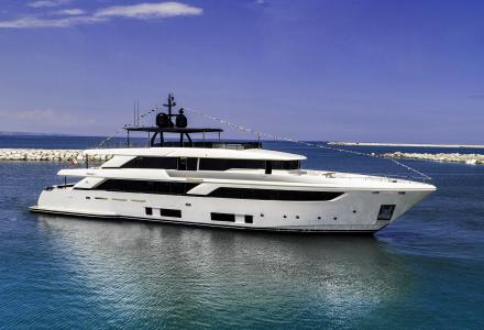 First 42-metre Navetta 42 launched, the new Custom Line Flagship