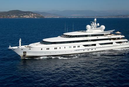 Auction of the billionaire's 95-metre superyacht Indian Empress failed