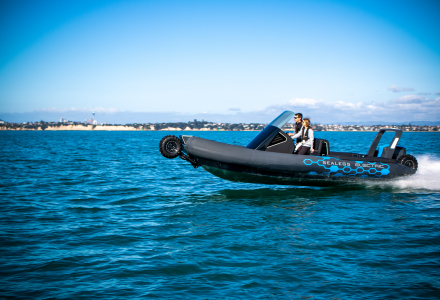 Better, faster and more powerful amphibious craft : Sealegs Electric E4