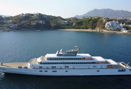 Oprah Winfrey on $300 million 138-meter superyacht Rising Sun