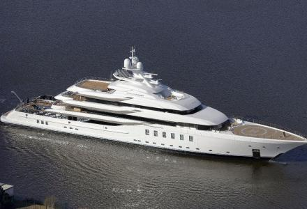 Madsummer: third 90+ m Lurssen in a row launched
