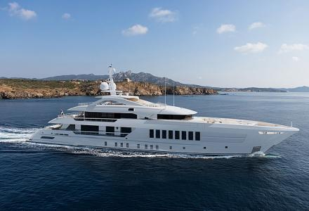 55m Heesen Project Castor sold in the USA