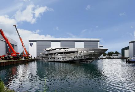 The first Heesen 5000 Aluminium Class on way to completion