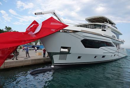 A yacht of Tony Parker's choice: AvA Yachts launches Kando 110