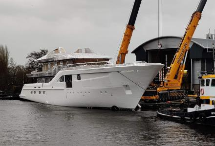 55 m Feadship Project 704 moves closer to delivery