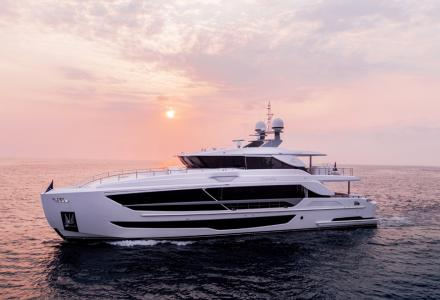 The latest Horizon FD102 superyacht has been launched