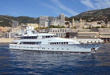 The 45m yacht Amorazur II has been recently seen in Monaco
