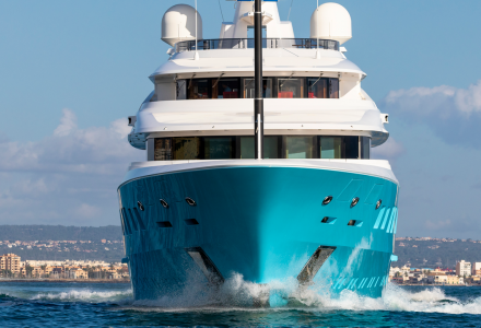 New hull colour of superyacht Axioma is presented for the 2020 charter season