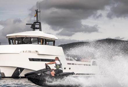New delivery: The 27.3m yacht Roe Shadow built by Lynx Yachts