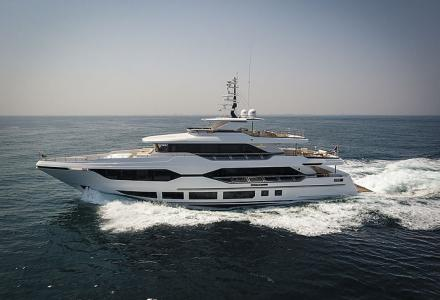 Take a look inside 37m Majesty 120