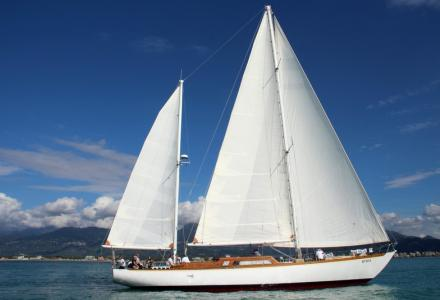 The Classic Maxi Cadamà Celebrates Her 50th Birthday