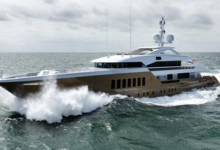 New fast displacement yacht launched by Heesen