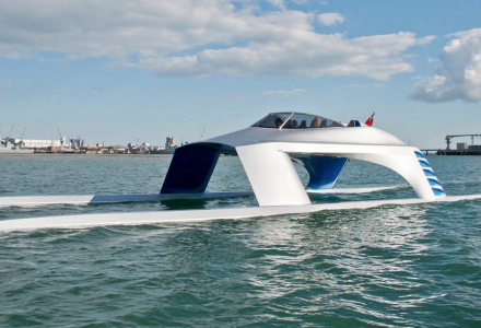 First Glider Yachts SS18 makes a splash