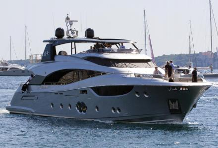 Monte Carlo Yachts delivers first MCY 105