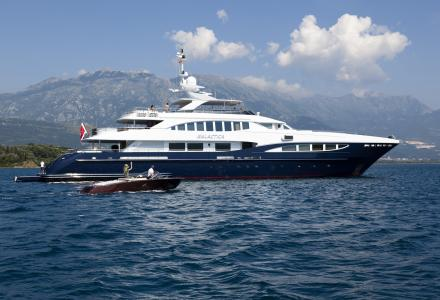Heesen-owner sells his 50m Galactica