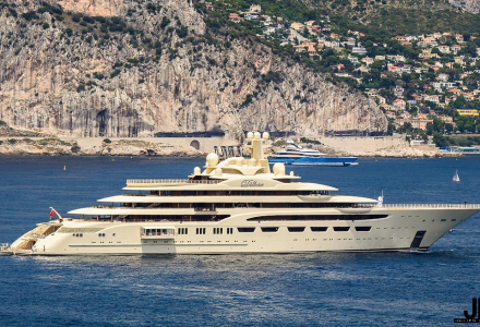 Dilbar spotted in the South of France