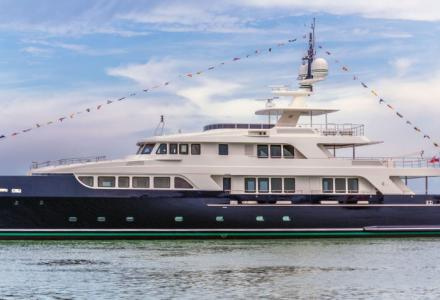 43m Full Beam Vintage Series Hull F76 launched at Codecasa
