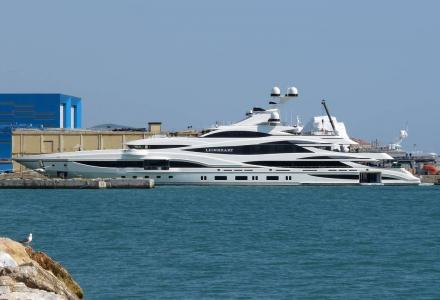 Benetti's largest superyacht Lionheart delivered