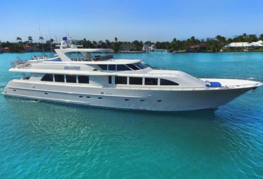 47 Atlantic Motor Vessel: Motor Yacht Atlantic