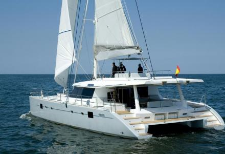 yacht Depende IV