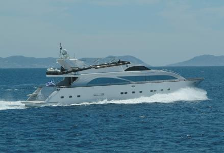 yacht Dream B