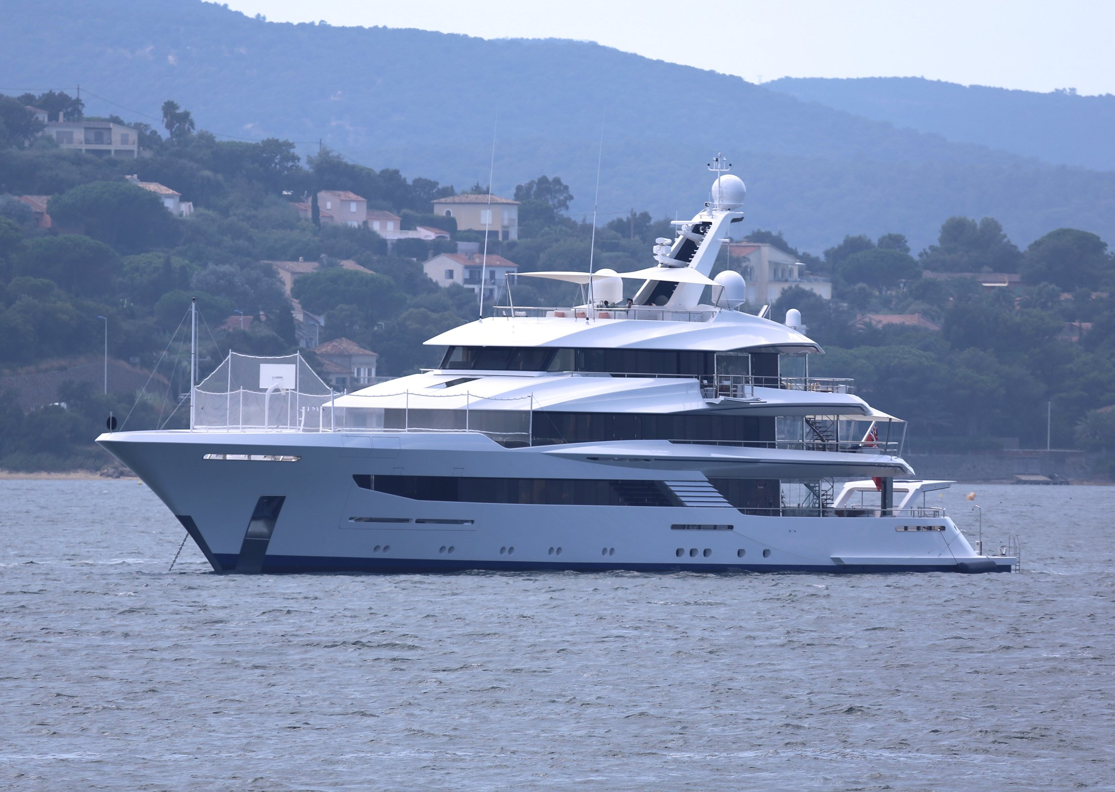 In pictures 70m joy 39 s basketball court yacht harbour for How much does it cost to build a basketball court