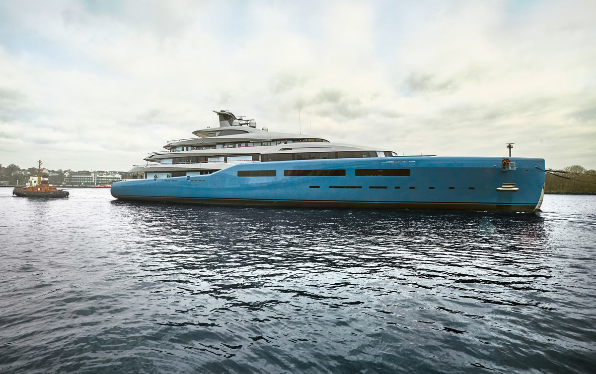 98m Superyacht Aviva Hits The Water At Abeking And