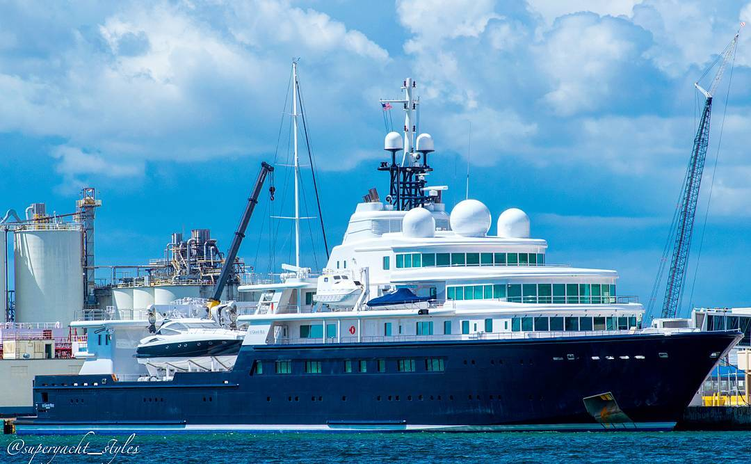 Le Grand Bleu Spotted In Fort Lauderdale Yacht Harbour