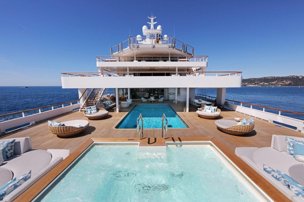 107m Ulysses renamed Andromeda - Yacht Harbour