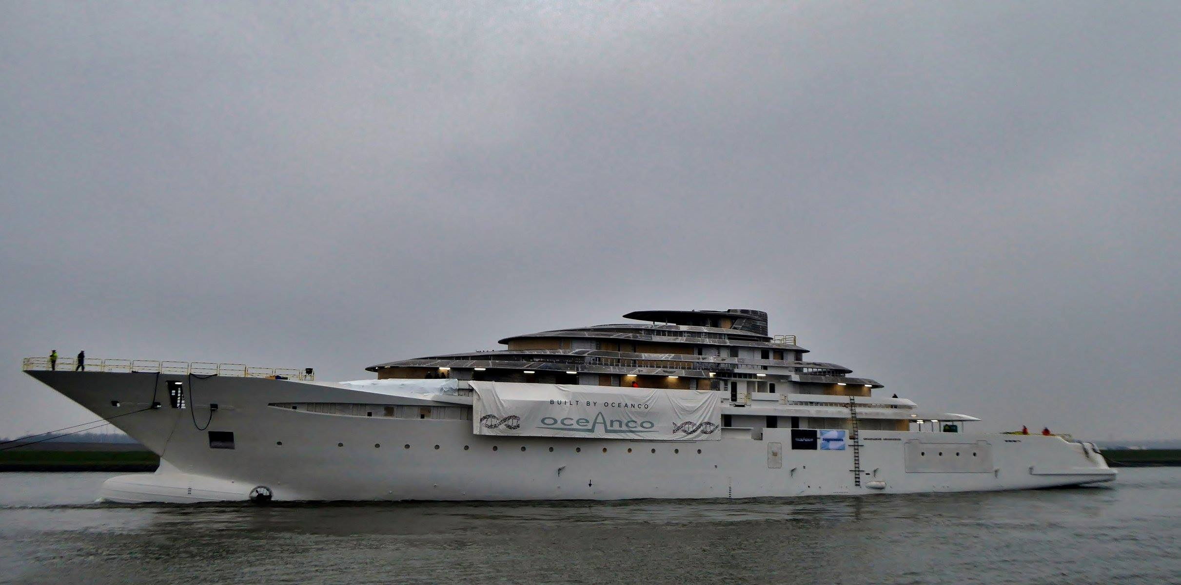 Azzam yacht interior photos - Top 10 Stories Of The Week Yacht Harbour