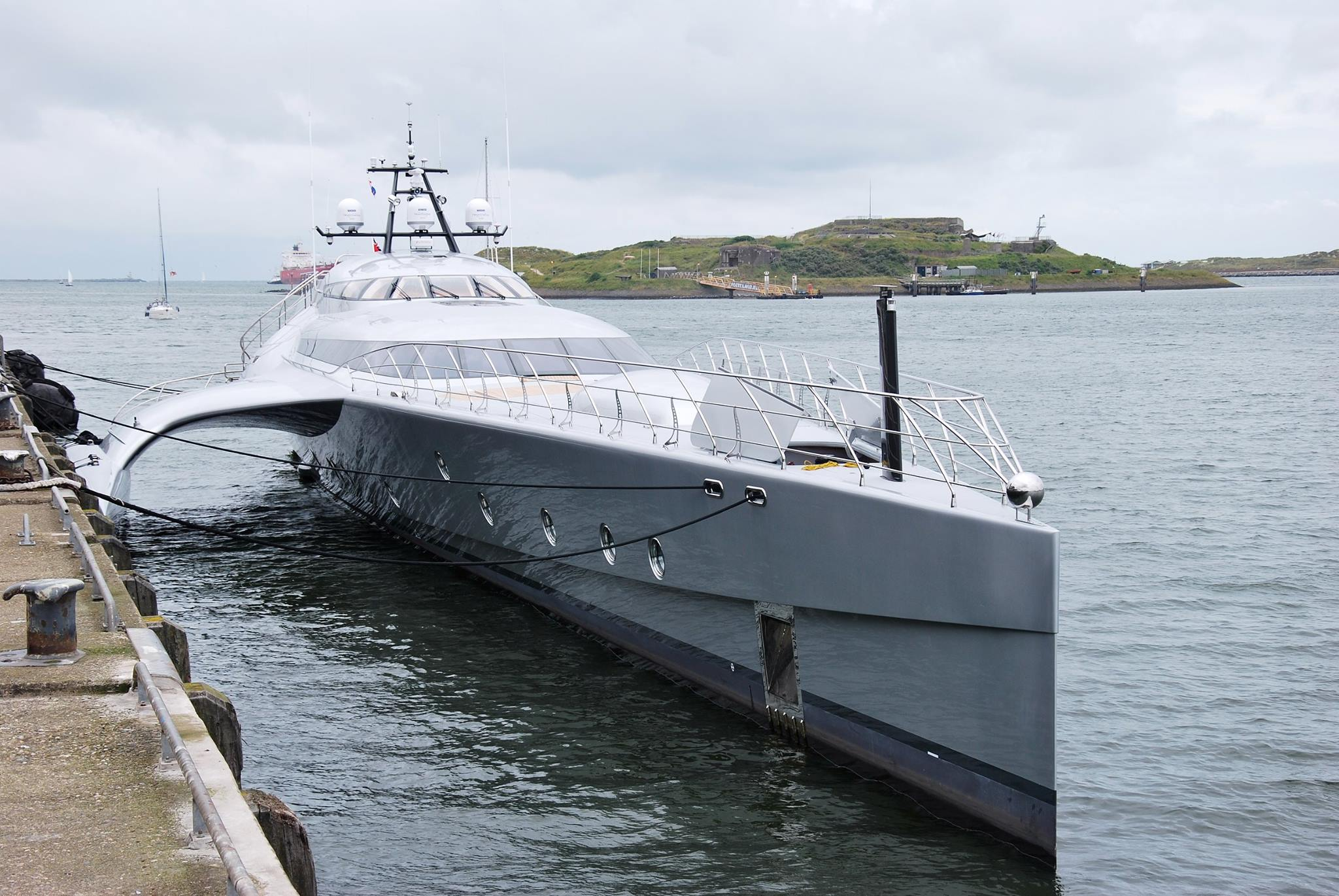 World S Largest Trimaran Galaxy Leaves Holland Yacht Harbour