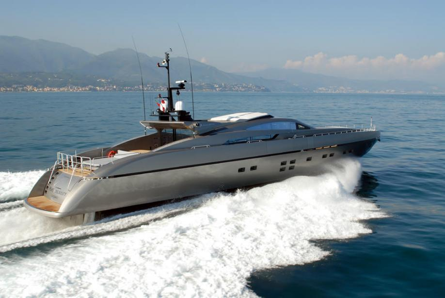 yacht Pure Insanity