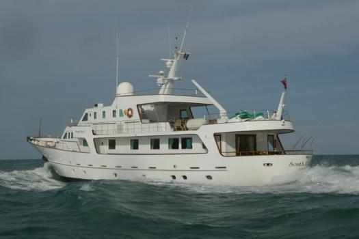 yacht South Paw C