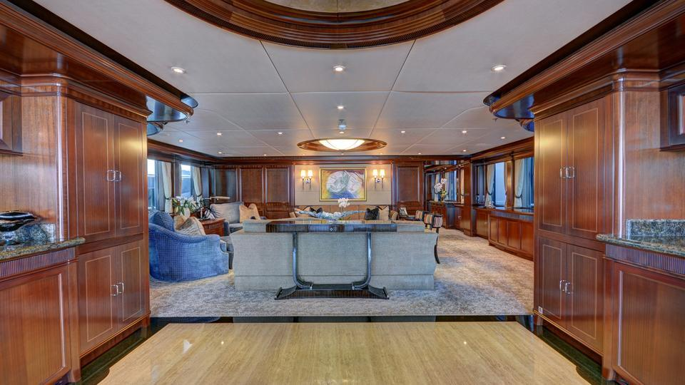 yacht Sovereign