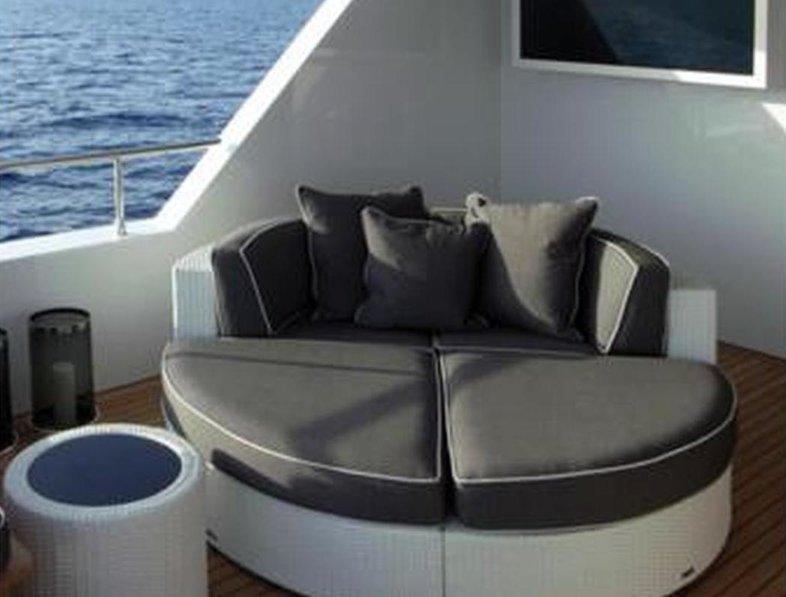 yacht Travel 35