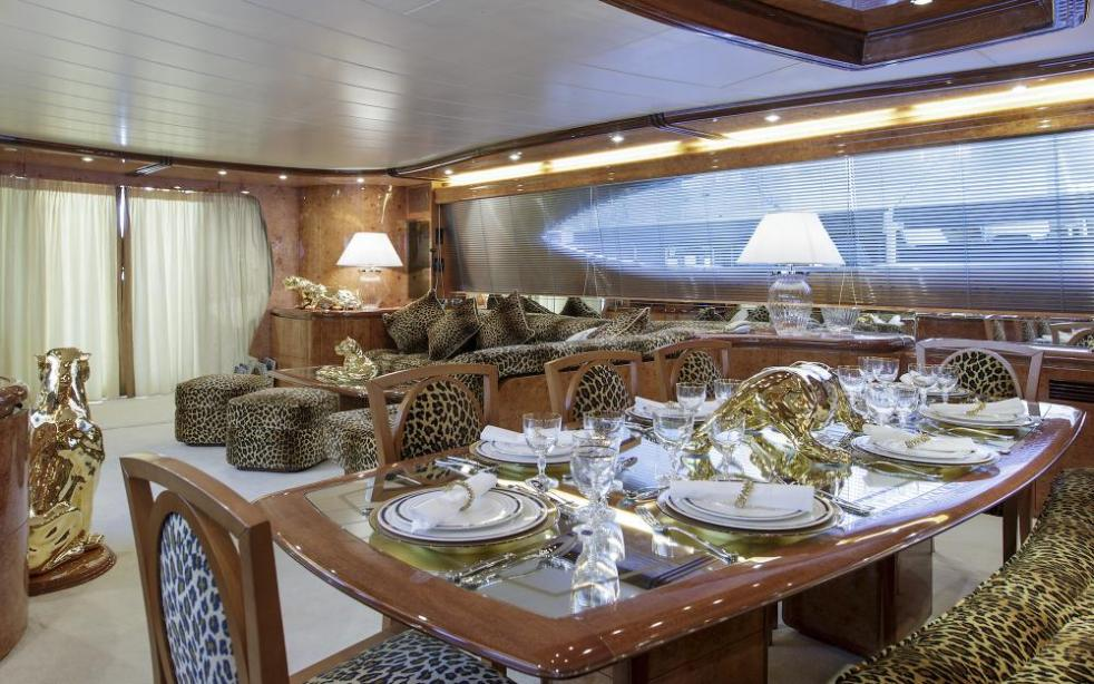 yacht Sea Jaguar