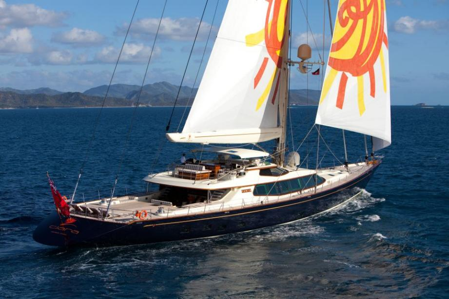 sailing yacht tiara - alloy yachts