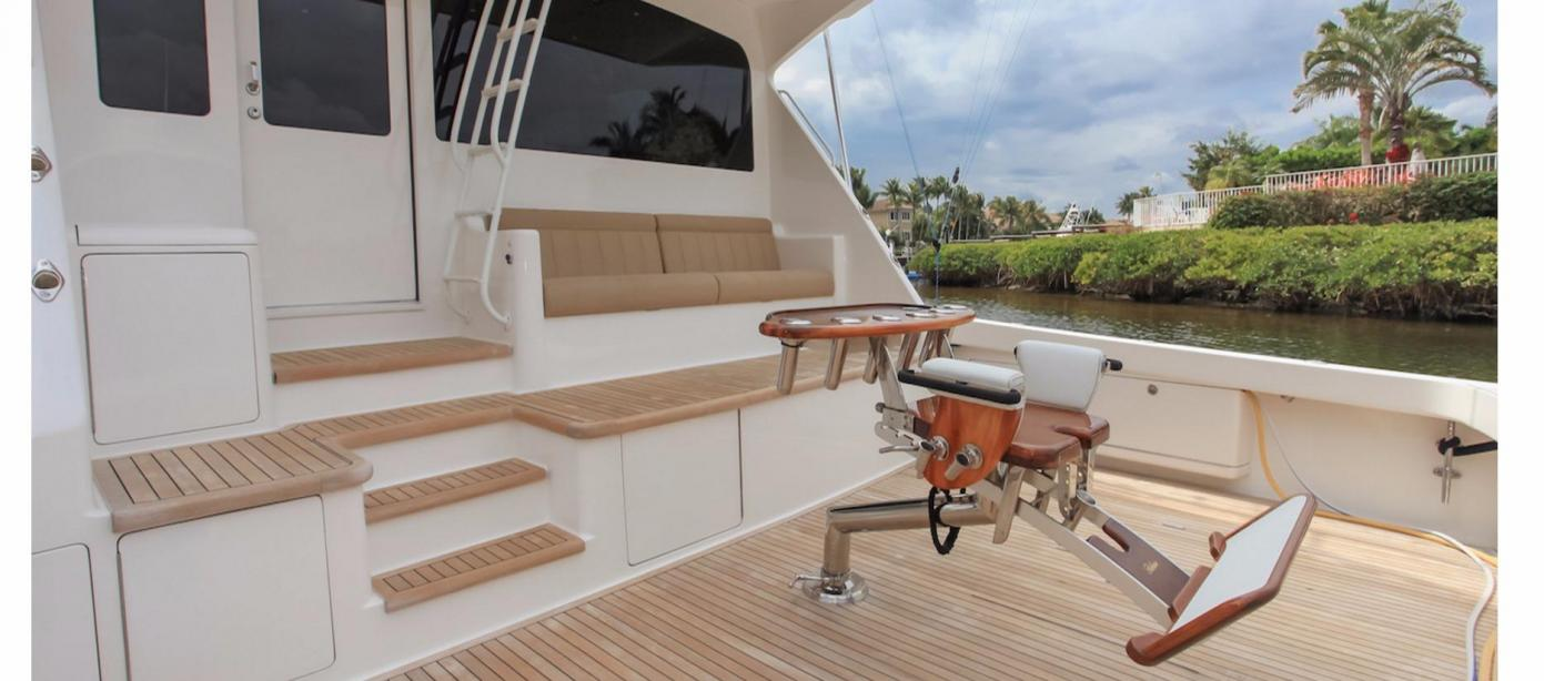 yacht Viking Sportfish Enclosed Flybridge